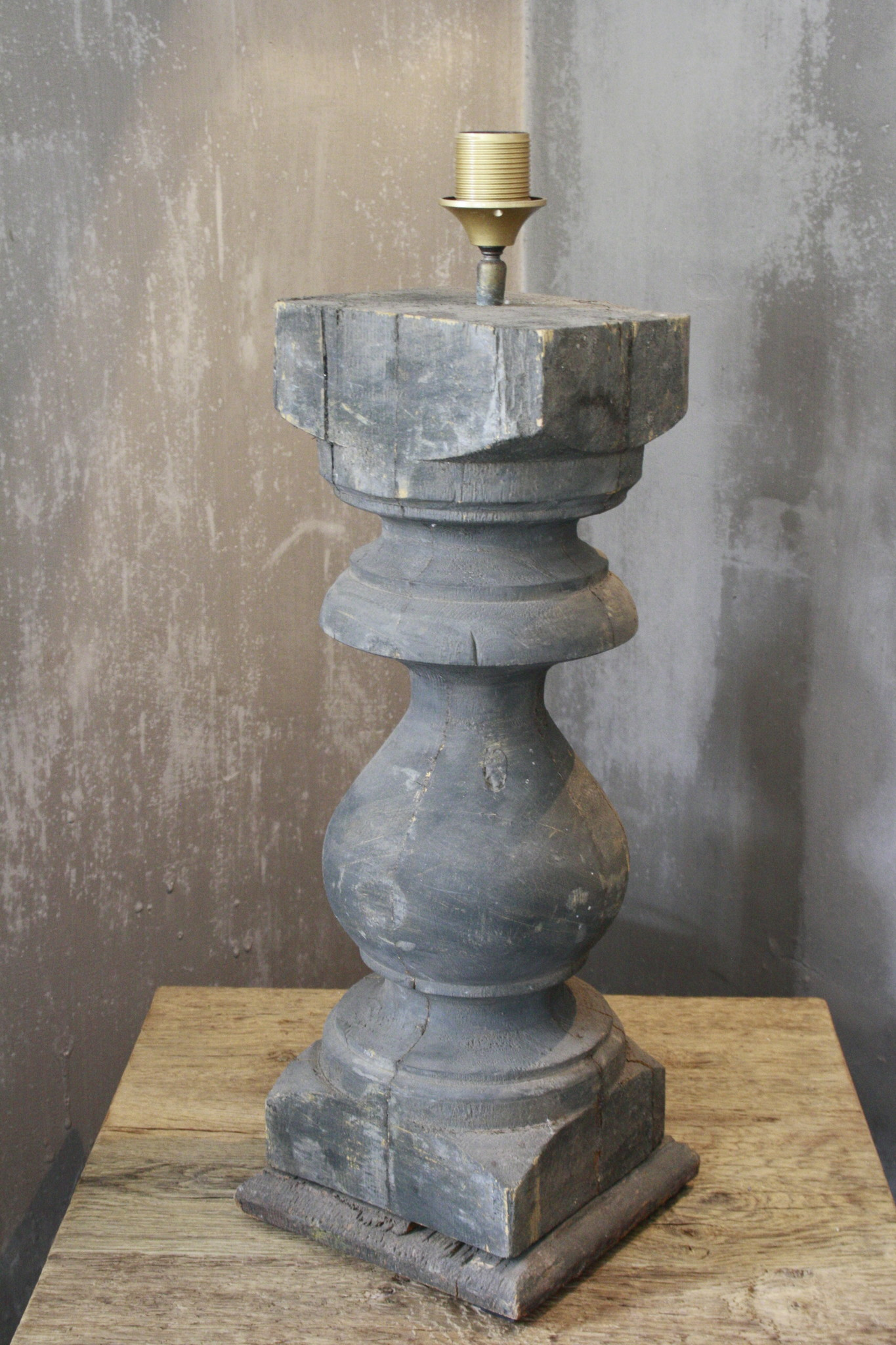 Balusterlamp Oud Hout Robuust 65 cm-1