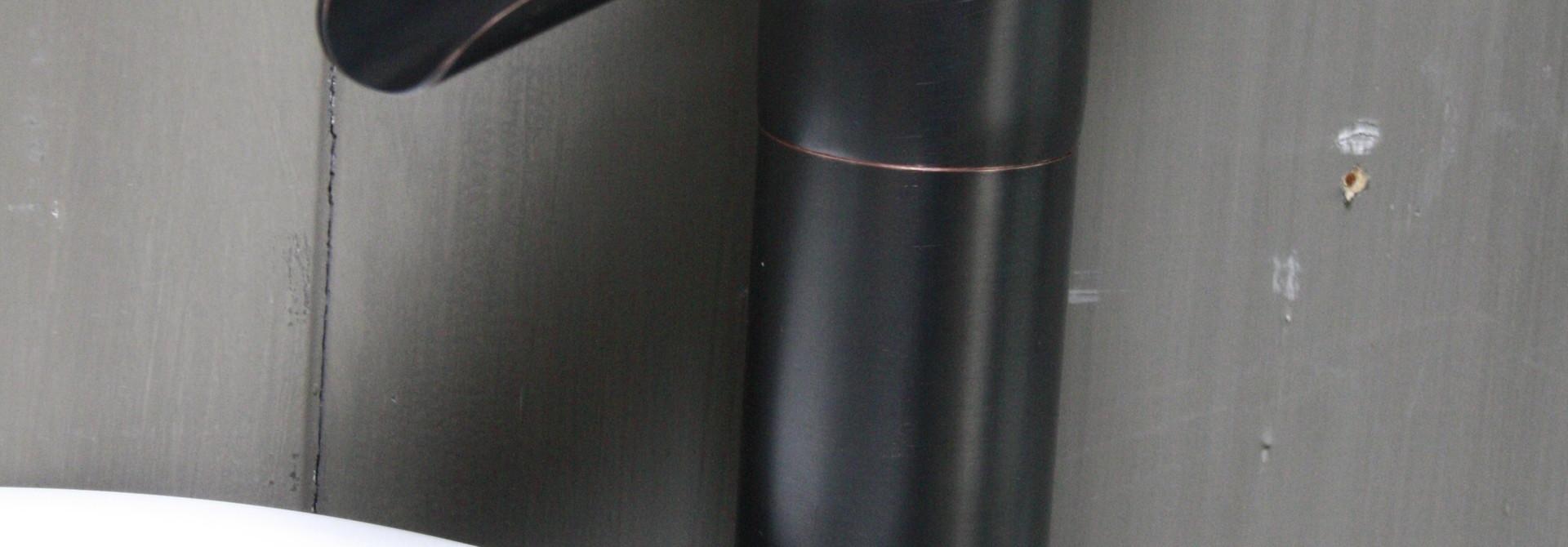 Watervalkraan Brons Toilet 32,5 cm