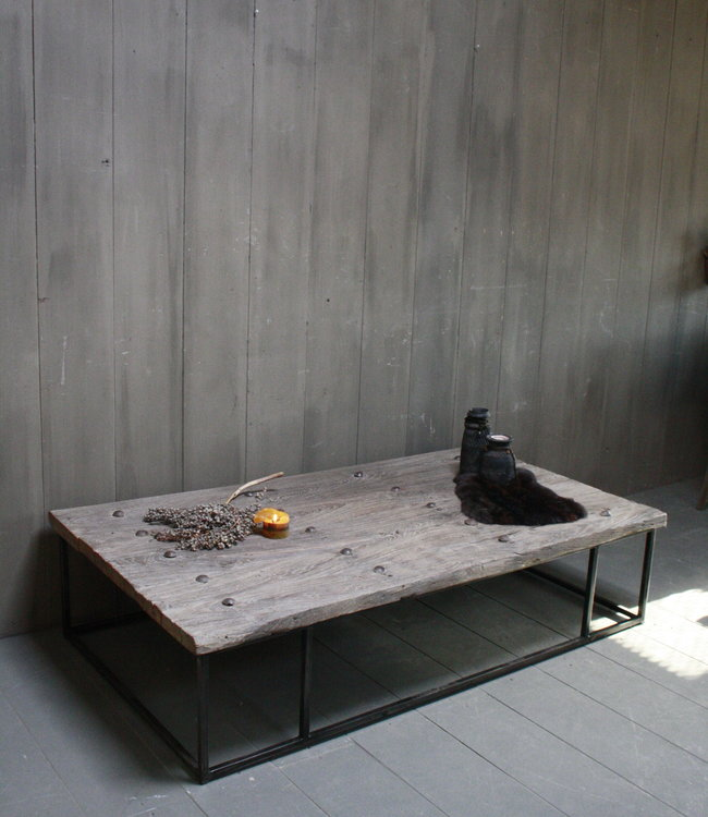 Rene Houtman Oud houten salontafel India oude deur 168x94 cm