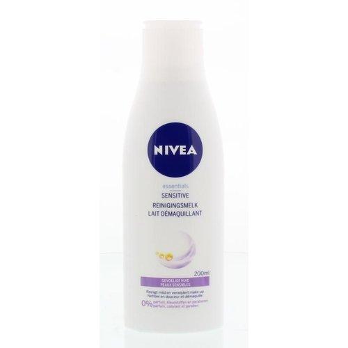 Nivea Nivea Essentials reinigingsmelk sensitive (200ml)