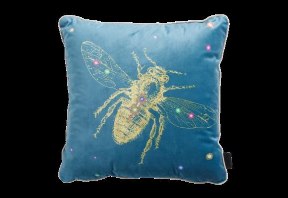 Madison Sierkussen   Velvet Insect Blue   45x45cm