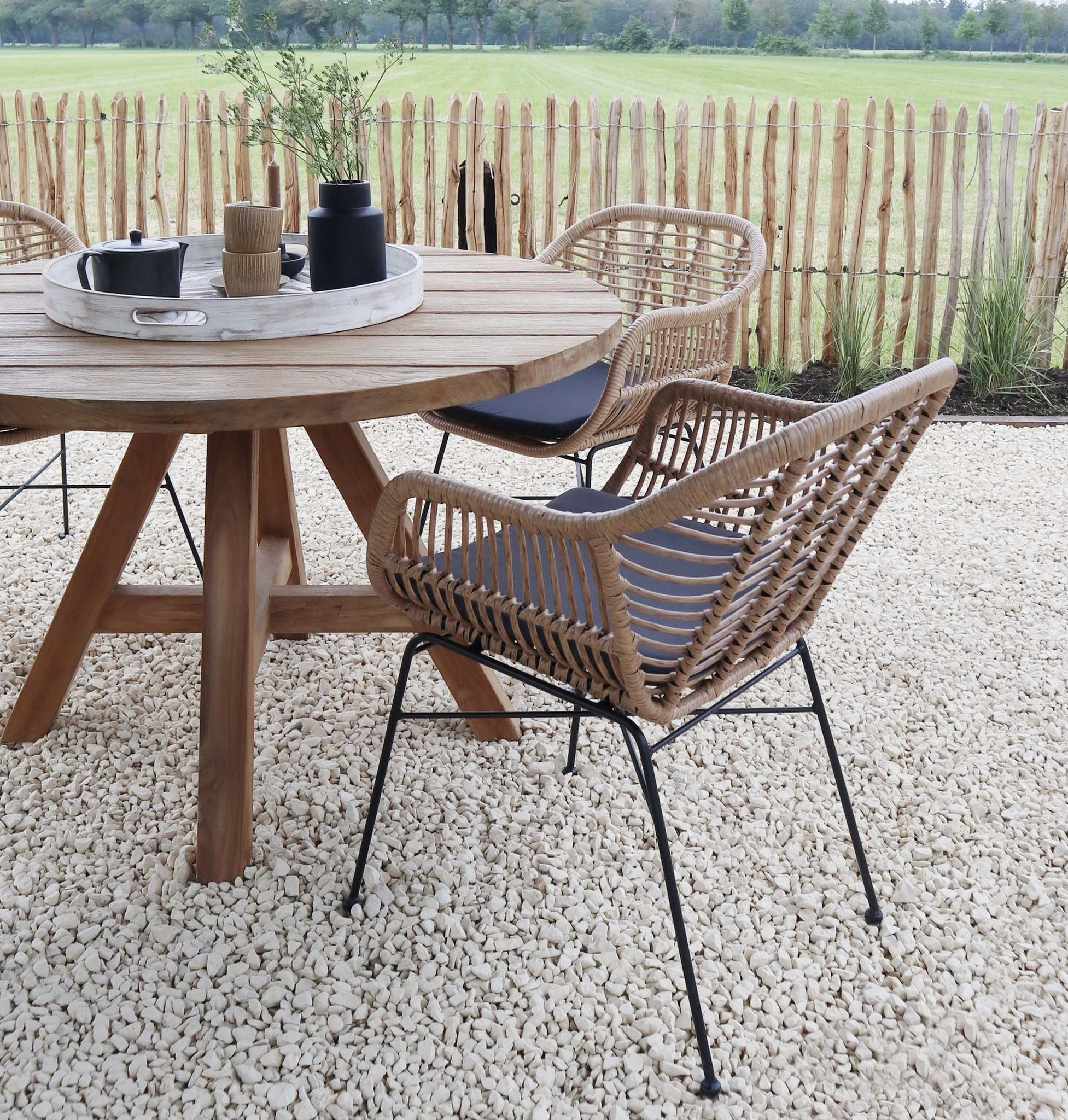 Ronde houten tuintafel