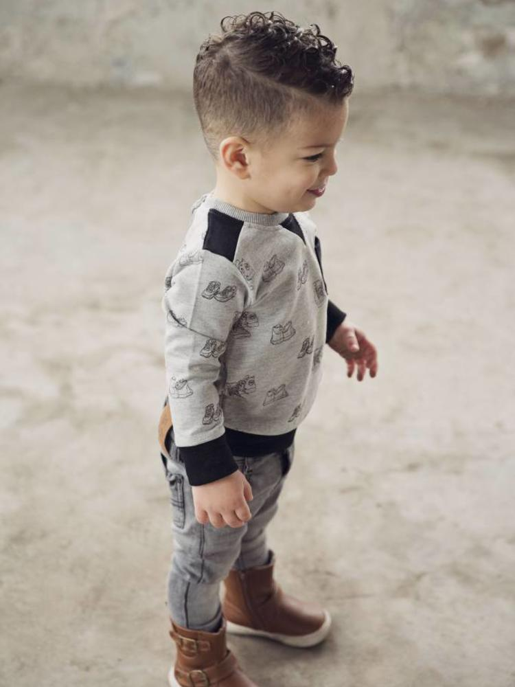Boys sweater with sneaker print | Koko Noko | 37Z-29841