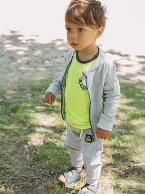Boys vest light gray