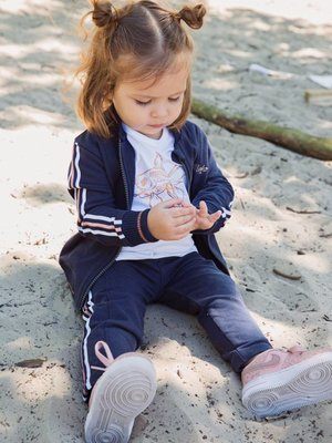Girls jogging pants blue with side stripe