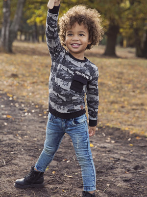 Boys sweater with army print gray