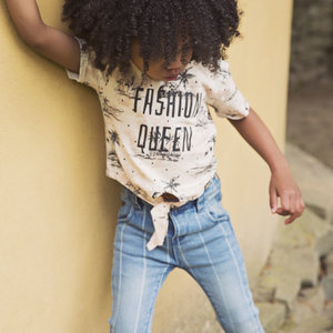 Girls T-shirt with bow