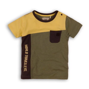 Boys T-shirt with surface division