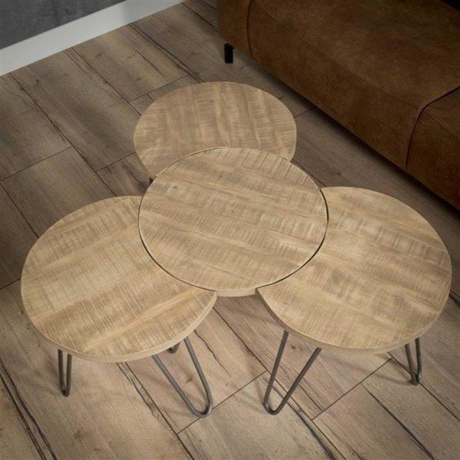 Salontafel bestaande uit een set van 4 losse bijzettafels met Ø50cm. / Massief mango blank antiek