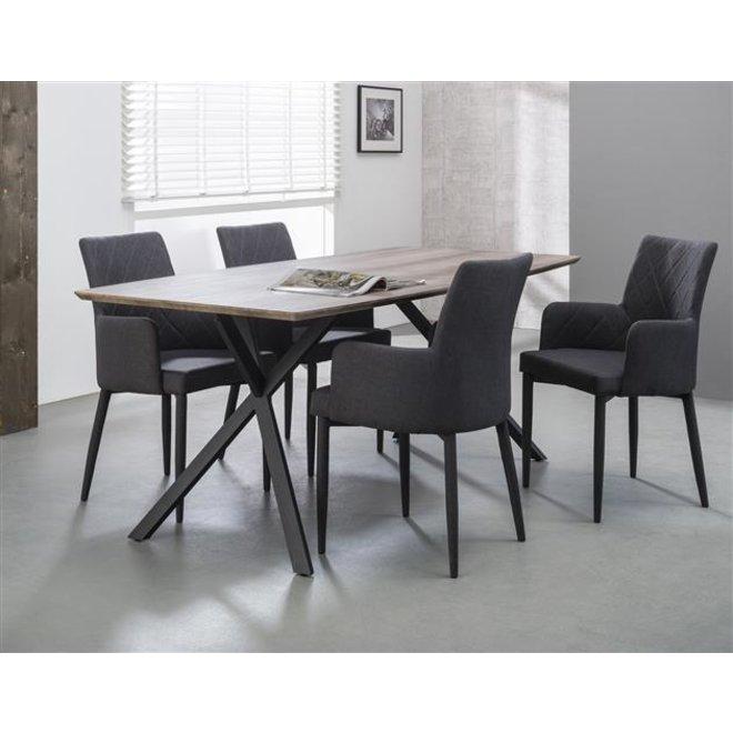 Eetkamertafel 190 ovaal blad zwart gepoedercoat frame / 3D Eiken antiquewash