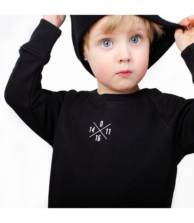 "World of Mina Sweater kids // ""XOXO"" - Gepersonaliseerd"