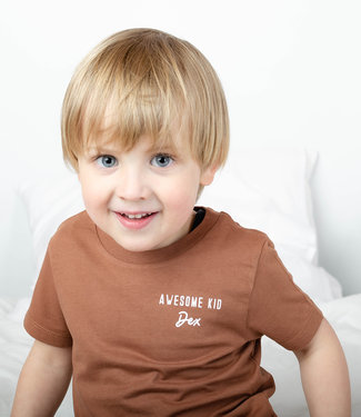 "World of Mina Kids t-shirt //  ""Awesome kid"" met naam"