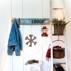 Funky Junk Funky Junk stencils - Ski Lodge