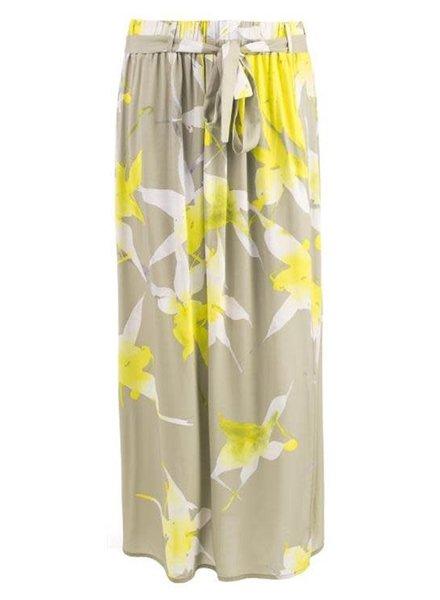 Myrna by NED MYR21S1-133W-02 109 Jane Yellow Big Flower