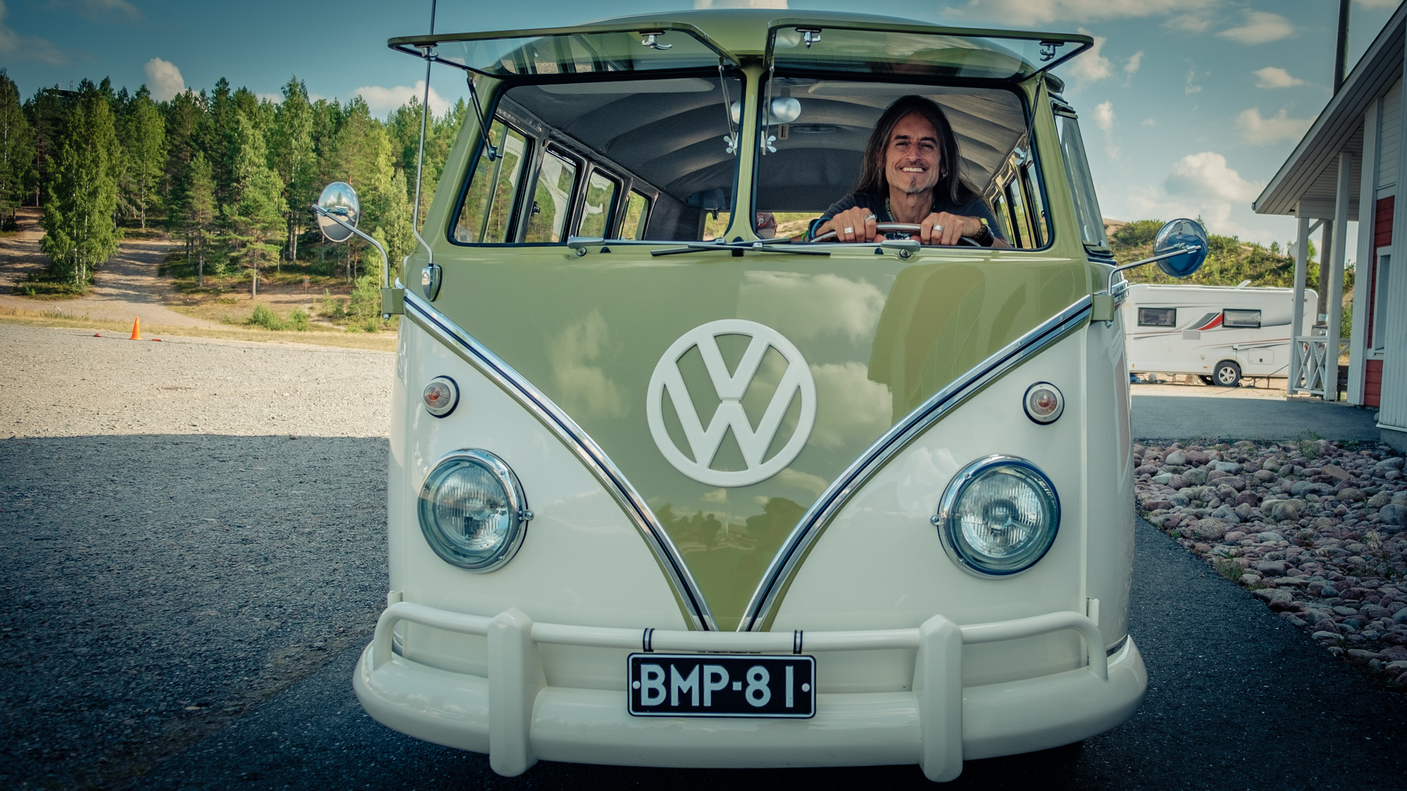 Ronald in VW bus