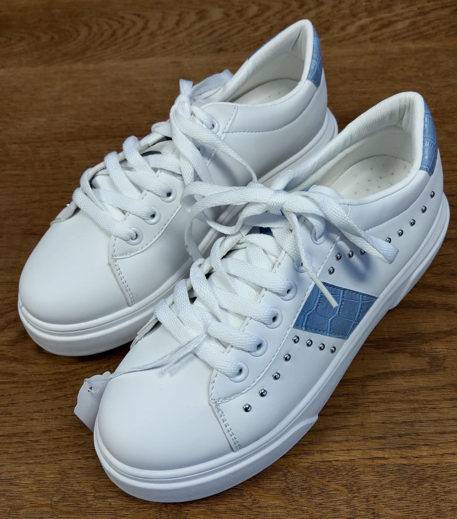 sneaker 096