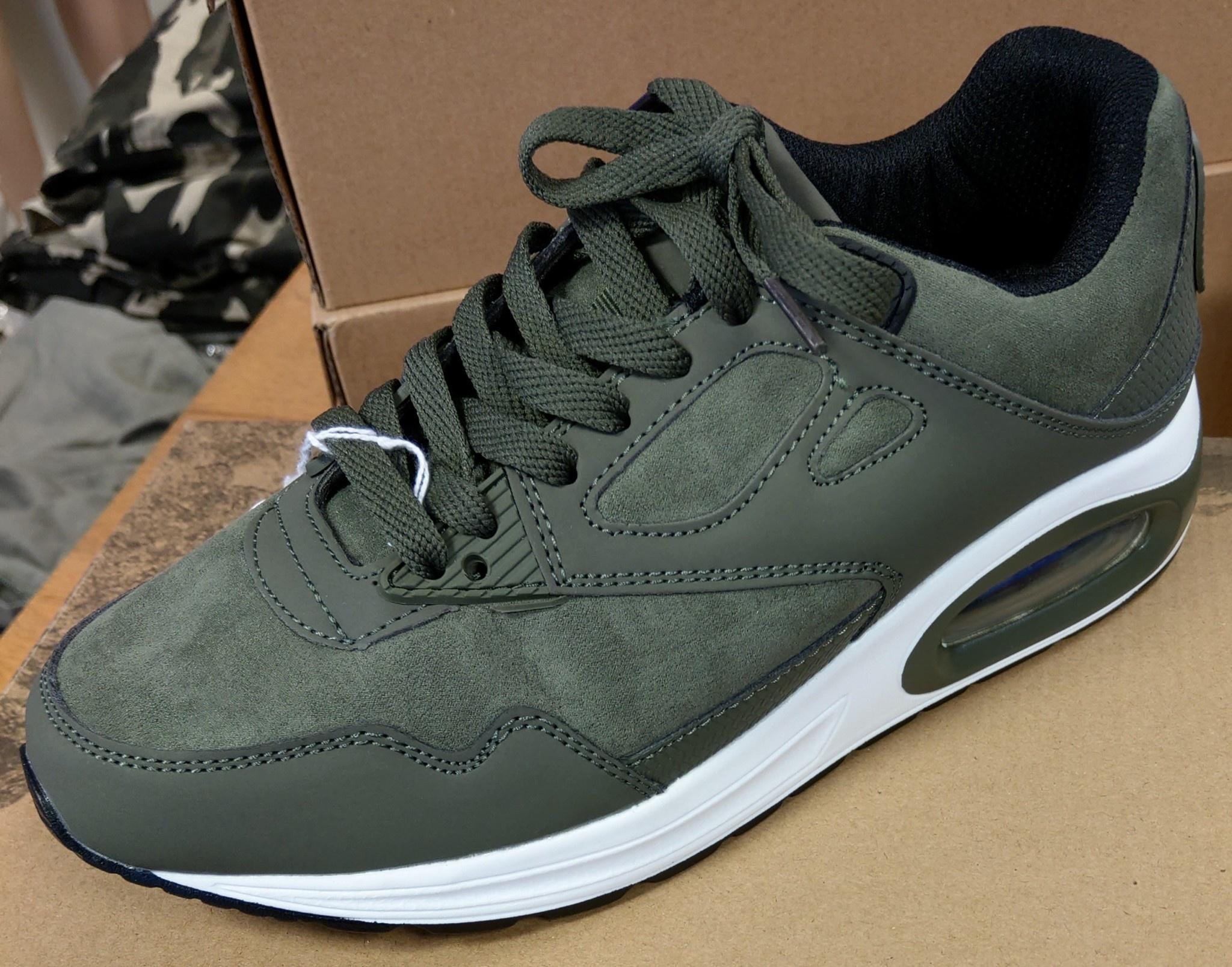 sneaker groen ( grote maat )