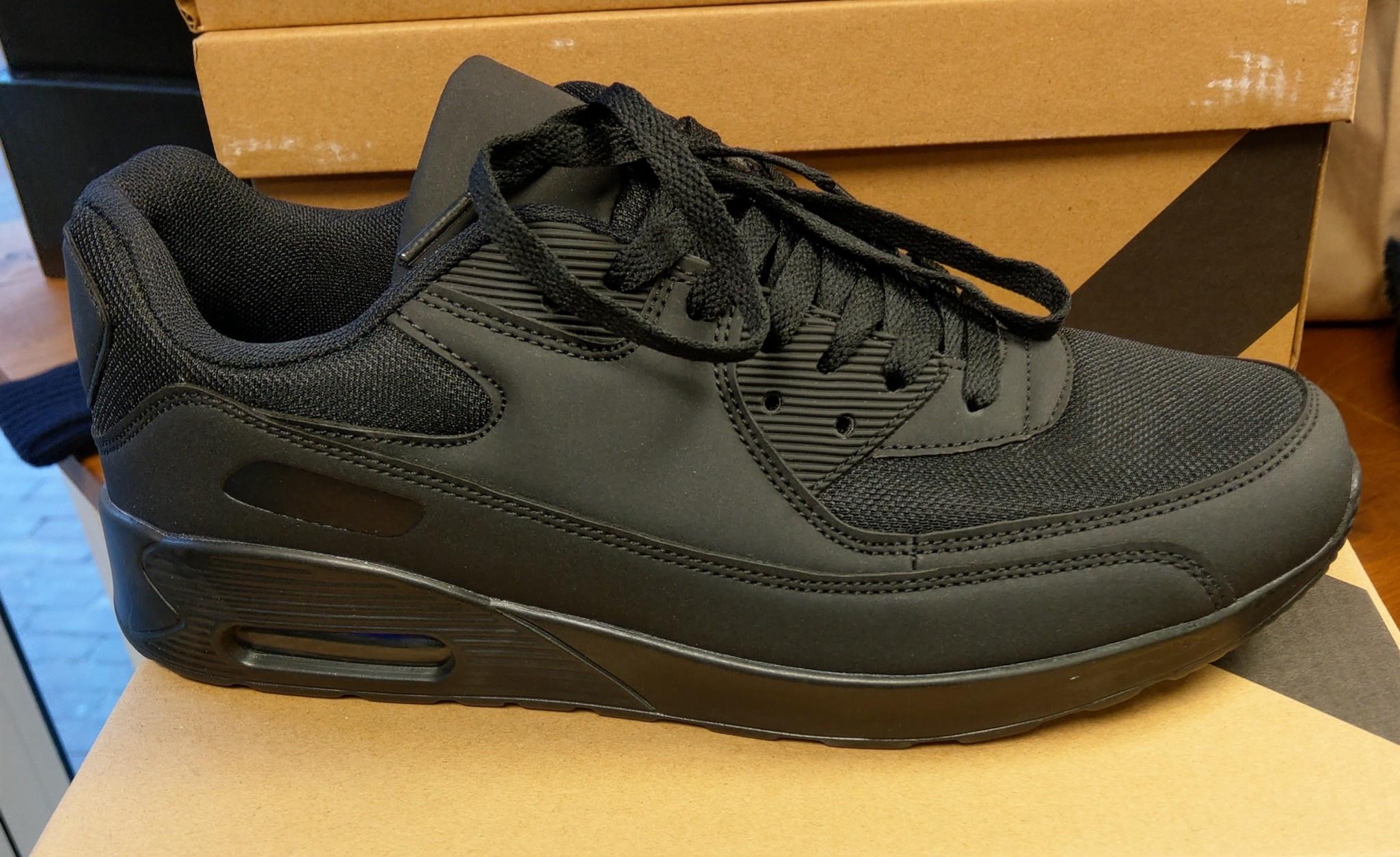 Sneaker zwart nieuw