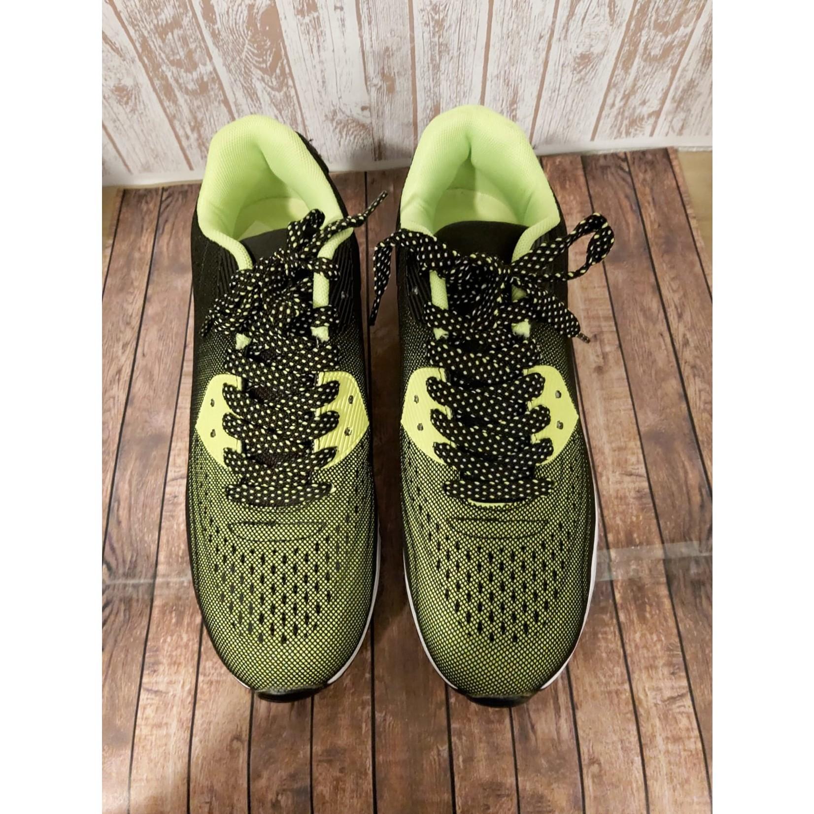 Sportieve Sneaker unisex Groen/Zwart met witte zool.
