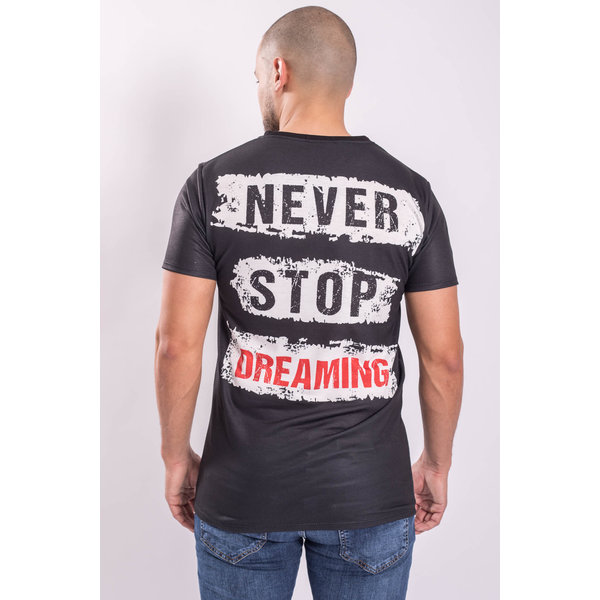 """Y T-shirt """"Never stop dreaming"""" Black"""