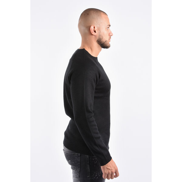 Y Knitted crew neck sweater Black