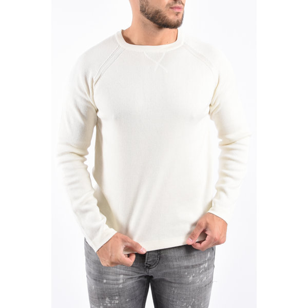 Y Knitted crew neck sweater White