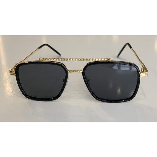 """Y FR Zonnebril / Sunglasses """"squared"""" Black / gold"""