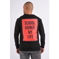 "Sweater ""need money not friends"" Black"