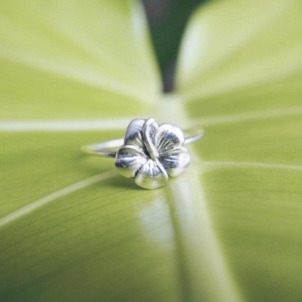 At Aloha Hawaiian Flower Ring