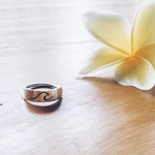 At Aloha At Aloha Moana 1 Ring