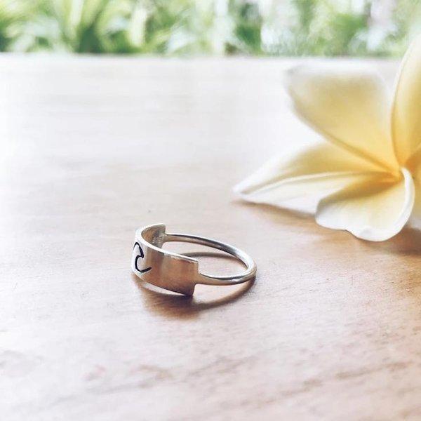At Aloha Moana 1 Ring