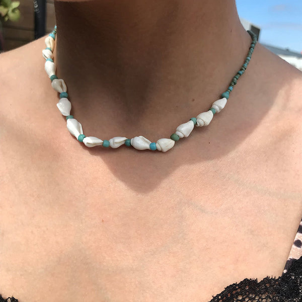 At Aloha Hilo Necklace Turquoise