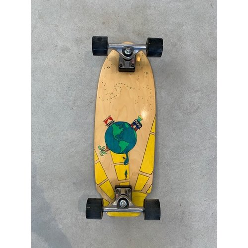 Sharkfin Sharkfin Cruiser Skateboard Globe