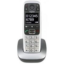E560 telefoon platin
