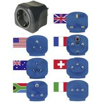 wereld reisstekker met 7-adapters op de