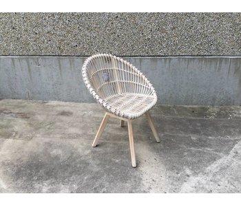 Rattan stoel in mahoniehout