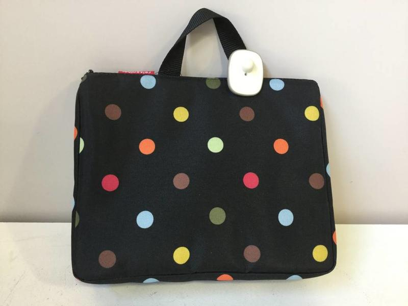 reisenthel toiletbag xl dots - giftshop palace