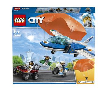 City luchtpolitie parachute arrestatie 60208