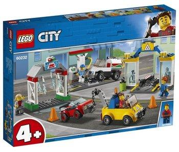City 4+  Garage 60232