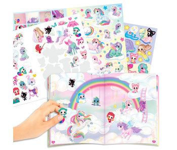 Ylvi& the Minimoomis Create Naya's World stickerboek