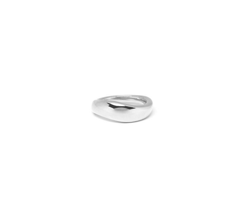 Essence Ring Silver