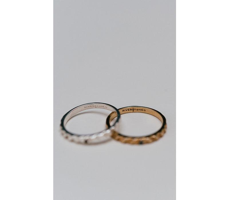 Peak Ring Silver