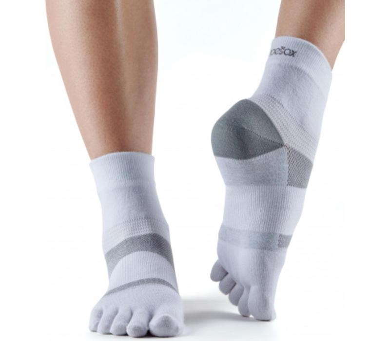 Toesox Sport Socks Minnie - White