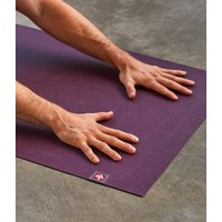 Manduka eKO Superlite Yoga Mat 180cm 61cm 1.5mm - Acai