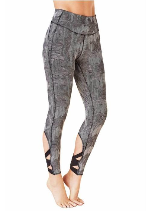 Manduka Manduka Cross Back Crop Leggings - Geo Jacquard