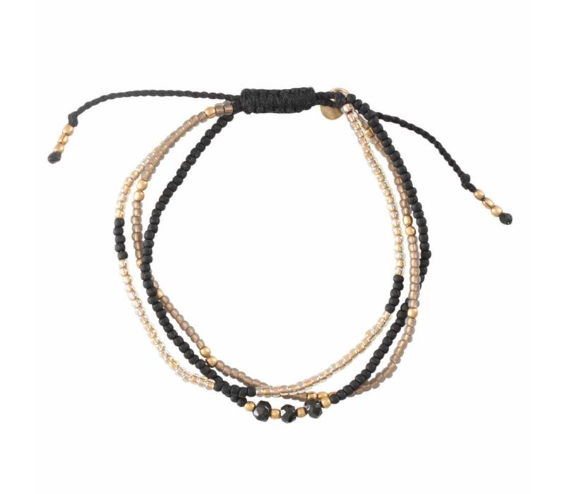 A Beautiful Story Winter Mixed Gold Bracelet - Black Onyx