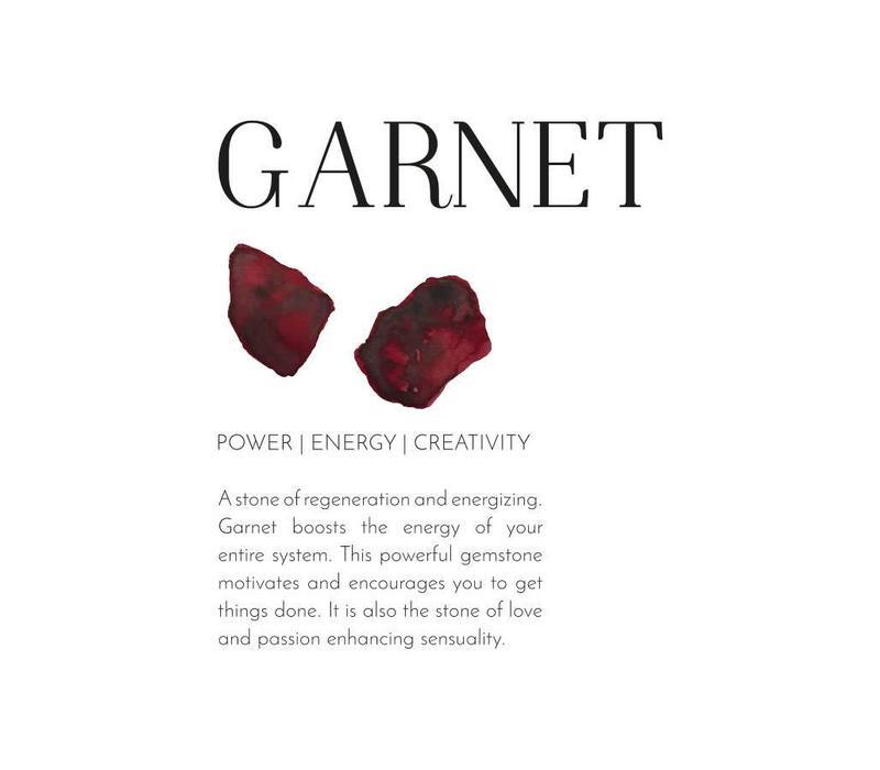 A Beautiful Story Luminous Gold Necklace - Garnet