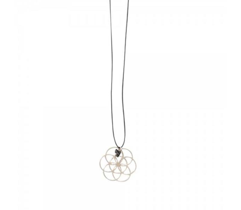 A Beautiful Story Lively Flower Of Life Silver Necklace - Black Onyx