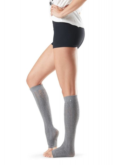 Toesox Toesox Leg Warmer Ava - Smokey