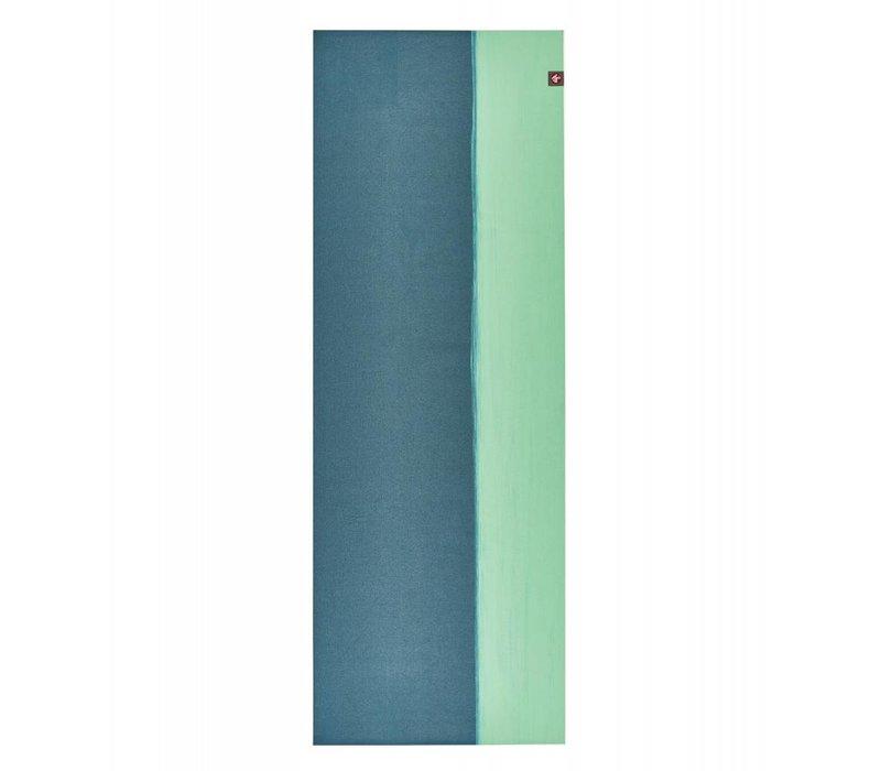 Manduka eKO Superlite Yoga Mat 180cm 61cm 1.5mm - Bondi Blue Stripe